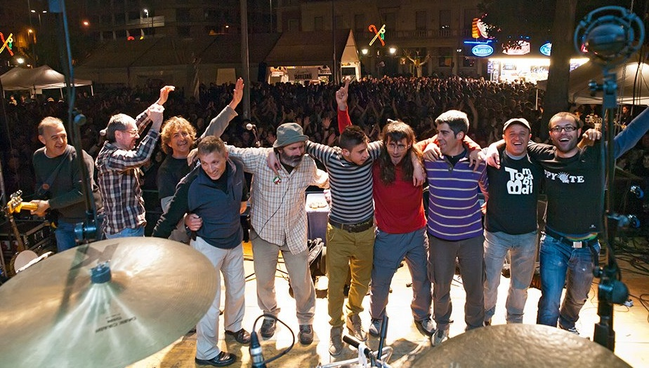 Tom Bombadil, triunfales tras su multitudinario concierto en la plaza María Agustina este año en Magdalena.