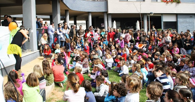 fiesta de la primavera raval universitari
