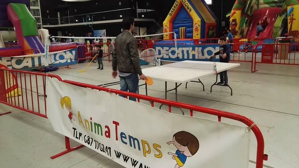 Zona de jocs esportius en Nadalàndia 2015. Foto: Animatemps Vila-real.