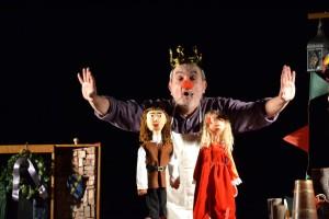 La veritable història del rei que tenia el nas vermell