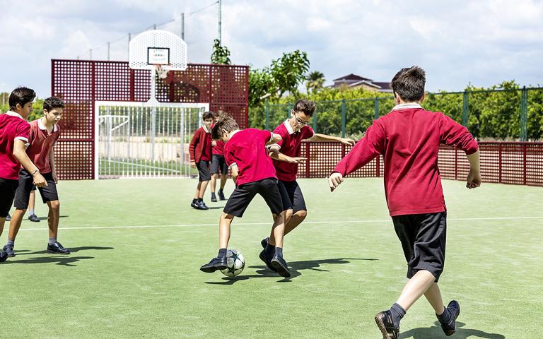 Agora-Lledo_Summer-Camp_deportes